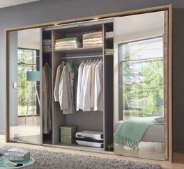 Schwebetüren-Kleiderschrank Rovito mit attraktiven Spiegeltüren