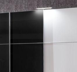 Schwebetüren-Kleiderschrank Taipana mit verchromten Metallleisten