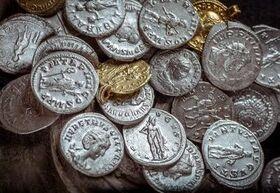 Silber in Form von römischen Münzen