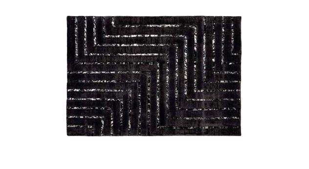 Schwarzer Teppich Lines mit silbernen Lederstreifen