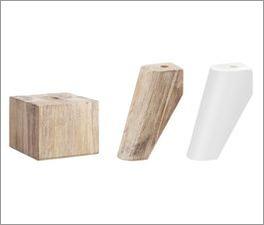 Verschiedene Fußvarianten zu den Möbeln Vesanto