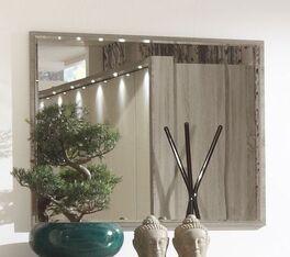 Schlichter und hochwertiger Wandspiegel Tiko