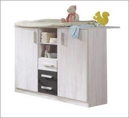 Wickelkommode Mereto ideal für Babyzimmer geeignet