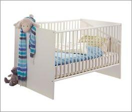 Zeitloses Babybett wahlweise mit Umbauset