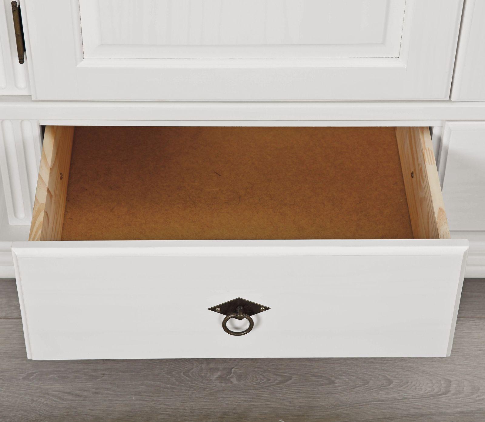Wäscheschrank Landhausstil aus FSC®-zertifizierter Kiefer - Wien