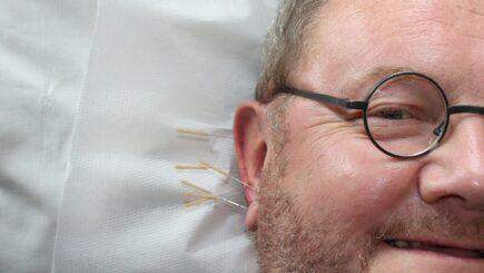 Schlafstörungen mit Akupunktur und Akupressur behandeln