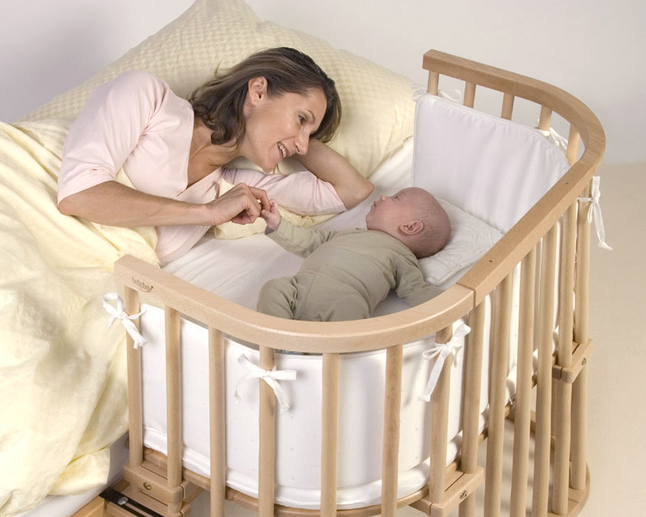 babybett im elternschlafzimmer ja oder nein. Black Bedroom Furniture Sets. Home Design Ideas