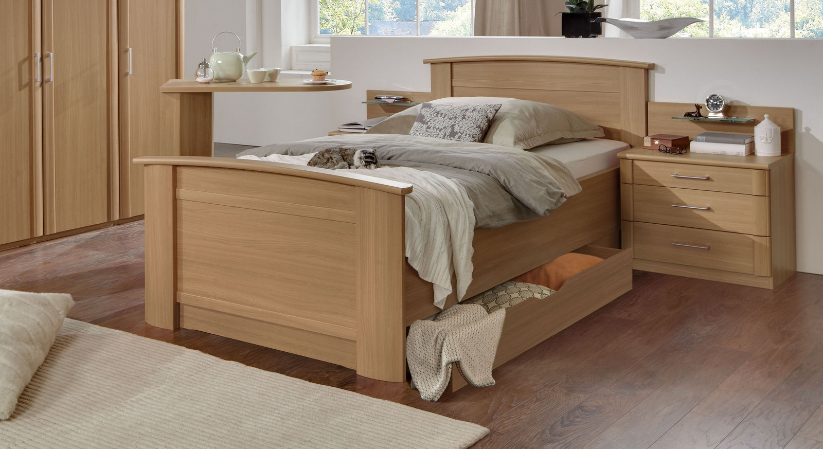 komfortable seniorenbetten im test und vergleich 2018 auf. Black Bedroom Furniture Sets. Home Design Ideas