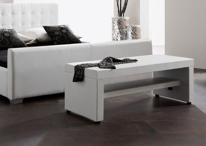 schlafzimmereinrichtung f r die zweite lebensh lfte. Black Bedroom Furniture Sets. Home Design Ideas