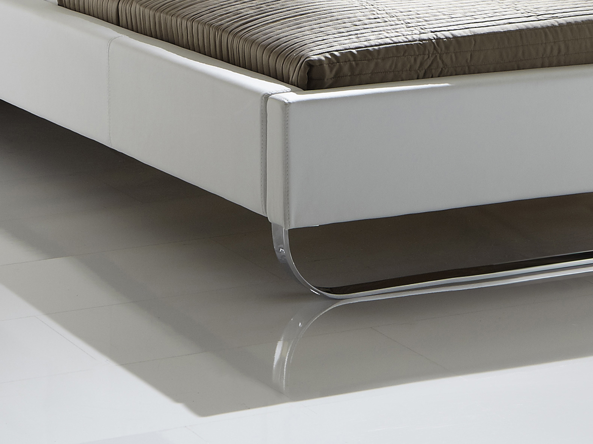 was sind polsterbetten und worauf sie achten m ssen. Black Bedroom Furniture Sets. Home Design Ideas