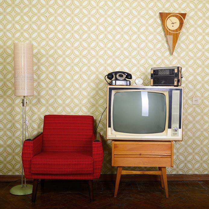 Retro Fernseher Und Sessel