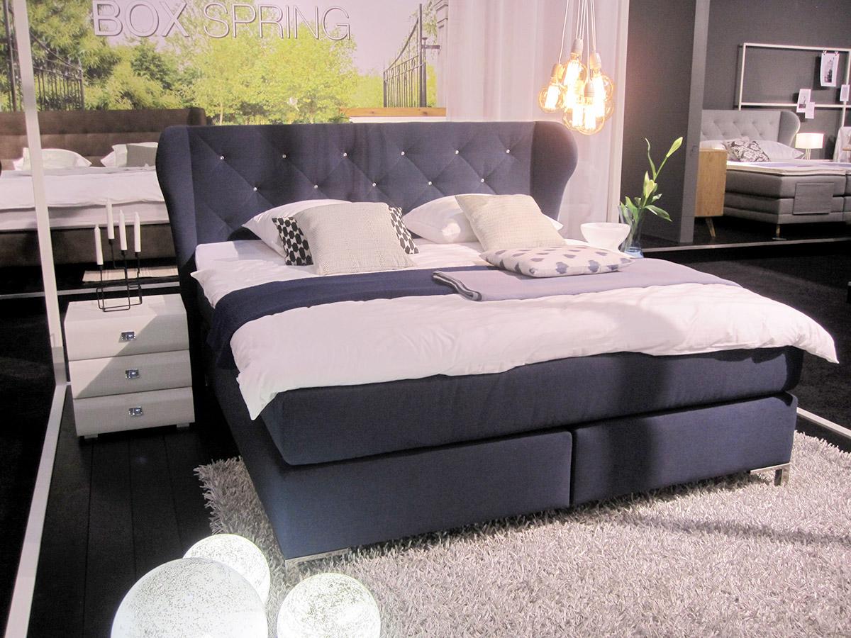 aktuelle wohntrends direkt von der imm cologne 2016. Black Bedroom Furniture Sets. Home Design Ideas