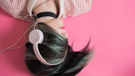 Einschlafen mit Musik - Hilfe oder störend?