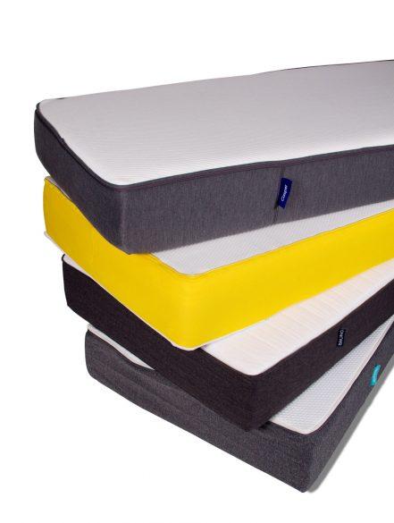 Matratzenstapel  Der große Betten.de-Test der One-fits-all-Matratzen