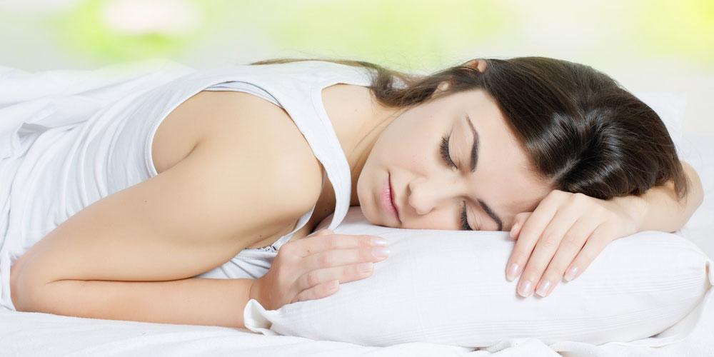Gangged und knallte schlafende Frau