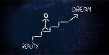 Treppe führt von Realität zu Traum