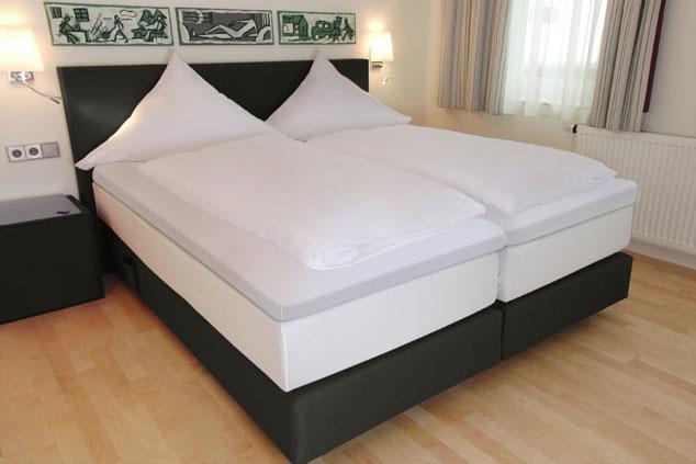 Betten Probeschlafen In Unserem Partnerhotel Goldener Hirsch